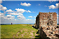 SJ5359 : The Inner Ward and Inner Gatehouse at Beeston Castle by Jeff Buck