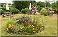 SX8586 : Garden, Nobody Inn by Derek Harper