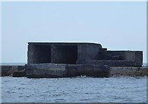 SX4650 : Structure on Plymouth Breakwater by Rob Farrow