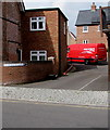 SU1660 : Parcel Force Worldwide van, St Francis Close, Pewsey by Jaggery