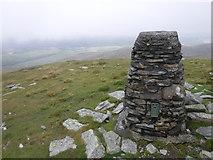 SH6534 : The summit trig point of Moel Ysgyfarnogod by David Medcalf