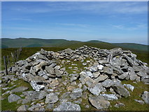 SJ1132 : The summit cairn on Mynydd Tarw by Richard Law