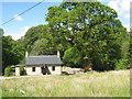 NM9641 : Cottage near Barcaldine by M J Richardson
