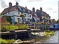 SO8832 : Waterside houses and moorings, Tewkesbury by Robin Drayton