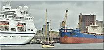 """J3576 : Sailing ship """"Maybe"""", Belfast harbour (September 2019) by Albert Bridge"""