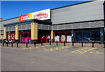 ST1167 : Poundstretcher and the Pet Hut, Barry by Jaggery