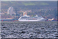 NS2777 : Cruise Liner at Greenock Ocean Dock by David Dixon