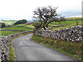 SD8963 : Cove Road towards Malham by Stephen Craven
