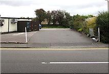 ST3090 : Entrance to the Three Horseshoes car park, Malpas, Newport by Jaggery