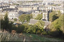 NT2674 : Greenside Kirk and the slopes of Calton Hill by Richard Webb