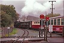 SH5752 : Rhyd-ddu station by Dylan Moore