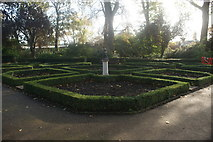 TQ2479 : View of a statue in the middle of the garden of Holland House by Robert Lamb