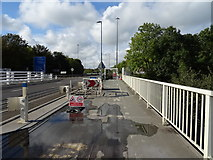 ST5491 : Cycleway and footpath on the Severn Road Bridge  by JThomas