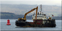 NS3175 : Shearwater passing Port Glasgow by Thomas Nugent