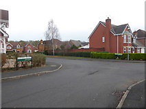 SO8856 : Junction of Burtree Avenue and Gawtree Way - Lyppard, Habington by Chris Allen