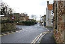NT4899 : Ferry Road, Earlsferry by Bill Kasman