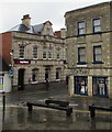 SO8505 : Parkers and NatWest, Stroud by Jaggery