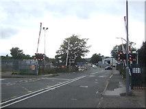 SO9988 : Level crossing on the B4182, Oldbury by JThomas