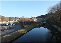 SE1115 : Huddersfield Narrow Canal, Milnsbridge by habiloid