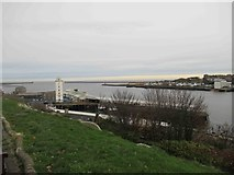NZ3668 : View into the Mouth of the River Tyne by Les Hull