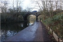 TQ2783 : Regent's Canal at Macclesfield Bridge by Ian S