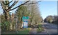 SU9667 : Welcome to Surrey by Des Blenkinsopp