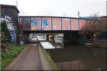 TQ2282 : Grand Union Canal at Mitre Bridge by Ian S