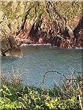 SM7624 : Cambrian sandstone at Caerfai Bay by Alan Hughes