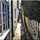TQ2115 : Henfield - a twitten off Nep Town Road by Ian Cunliffe