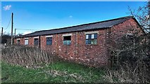 TQ1814 : Outbuilding near Upper Northover Farm by Ian Cunliffe