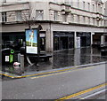 ST3188 : JCDecaux advertising display, High Street, Newport by Jaggery