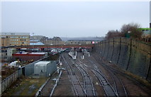 SE1632 : Railway into Bradford Interchange Station by JThomas