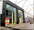 ST3188 : Topshop/Topman closing down sale, Friars Walk, Newport by Jaggery