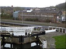 SE1039 : Grain depot, Bingley by Chris Allen