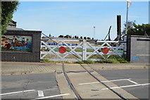 TM2532 : Level crossing gates by N Chadwick