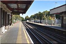 TQ0795 : Croxley Station by N Chadwick