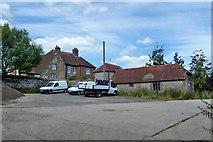 SU8518 : Church Farm, Bepton by Robin Webster