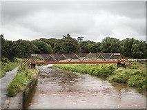NT6578 : Footbridge over Biel Water, Belhaven by Martin Froggatt
