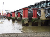 TQ3180 : Blackfriars Bridge by Sandy B