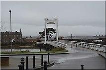 SU6100 : Gosport Millennium Bridge by N Chadwick