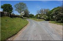 SE7289 : Oldfield Lane at Hallings Lane by Ian S