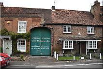 TQ0487 : Green Cottage by N Chadwick