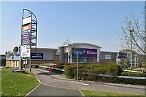 TQ6042 : Currys PC World (closed), Great Lodge Retail Park by N Chadwick