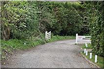 TQ5739 : Bishop's Down Park Rd by N Chadwick