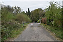 TQ5739 : Gate, Bishop's Down Park Rd by N Chadwick