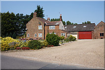 SE7842 : Rytham Gates Farm on Everingham Road by Ian S