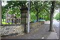 SE1532 : Horton Park lodge, Horton Park Avenue by Roger Templeman
