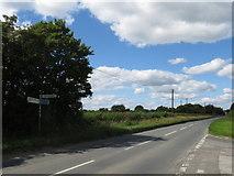 SU0299 : Spratsgate Lane near Cirencester by Malc McDonald