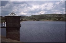 SD9633 : Walshaw Dean Middle Reservoir by Philip Halling