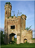 R9837 : Thomastown Castle Gate Lodge, Tipperary (5) by Garry Dickinson